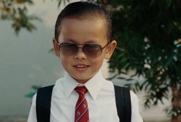 《长江7号》油头小霸王「长相大变」!11年后成「空灵系美女」 网:比徐娇还美! - 宅男圈