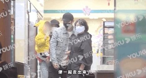 带小海绵现身!黄晓明、Angelababy「隔4个月再同框」曝婚姻状态
