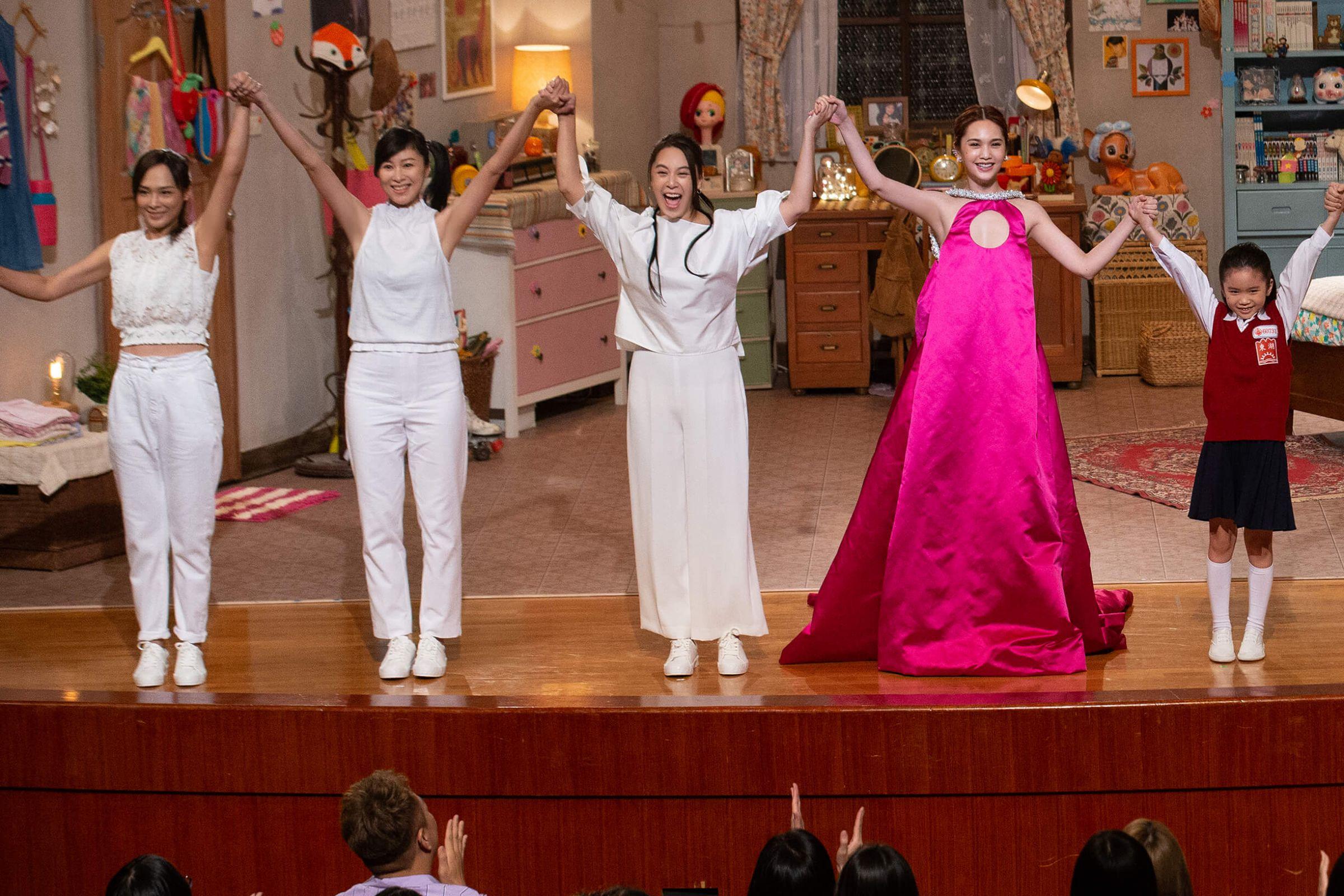 杨丞琳「复刻12套经典角色 」 《我猜》宪哥、阿雅力挺!