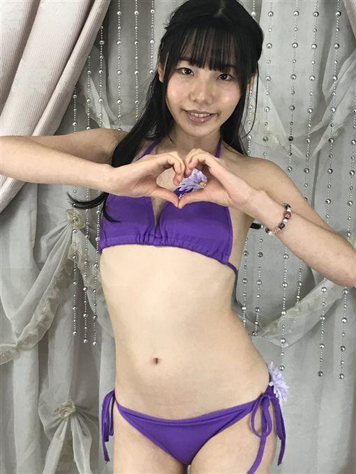 日本三线女优「长相像大妈」  一年后「五官突变」直接打趴三上悠亚! - 宅男异界