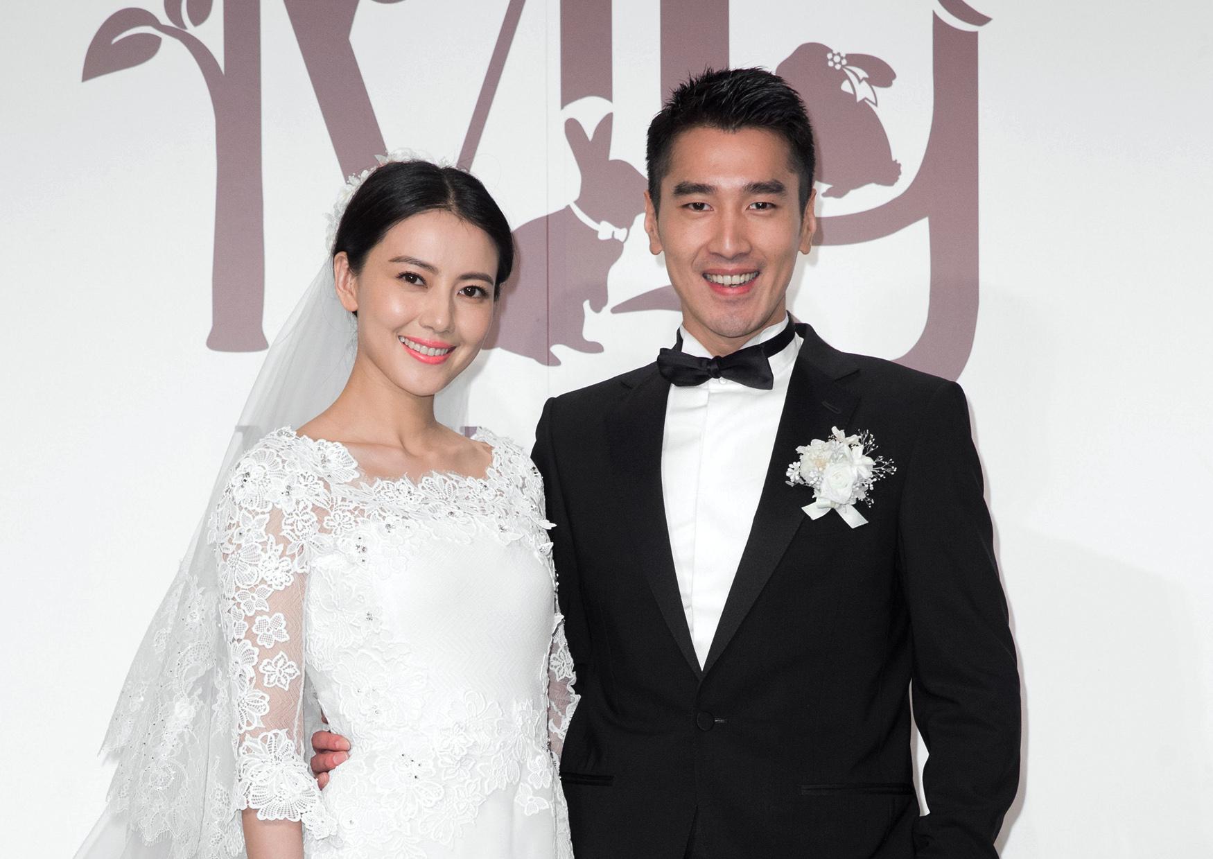 快讯 / 「高圆圆」结婚5年「宣布怀孕」 赵又廷「发文报喜」:是的!谢谢大家祝福插图6