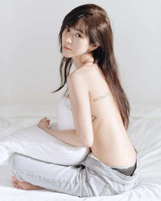 珉娥爆「腿跟刺青」辣歪网!上空照曝光 网忧:瘦过头