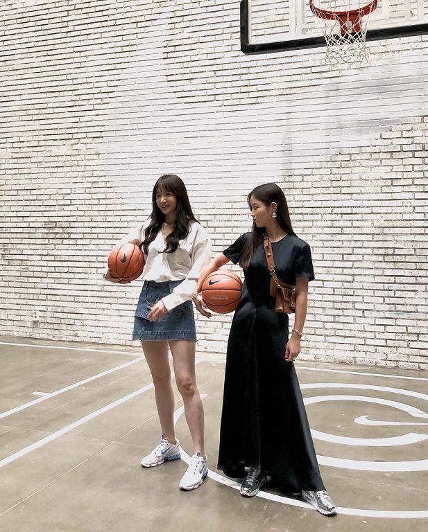 狠甩整形风波!Hani「妹妹头+黑色捲髮」打篮球 网:终于回来了